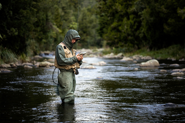 Choosing the perfect fly fishing vest fun times guide to for Fly fishing photography